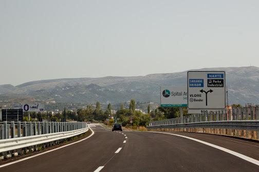 Shqipëria investon në korridorin e jugut, synon nxitjen e turizmit