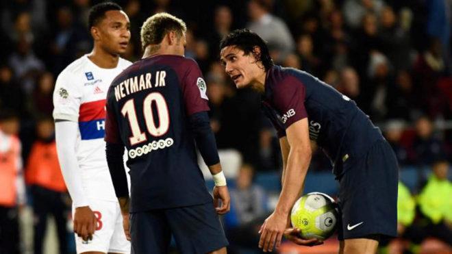 Neymar tregon për problemet me Cavanin