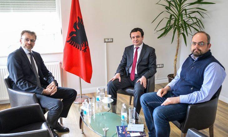 Kurti i tregon Ambasadorit norvegjez dy problemet kryesore të Kosovës