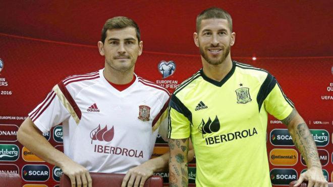 Sergio Ramos e uron portierin Iker Casillas