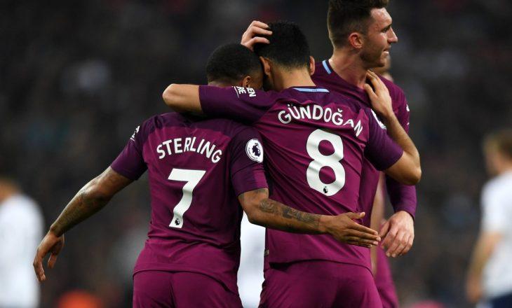 Manchester City afër titullit të kampionit