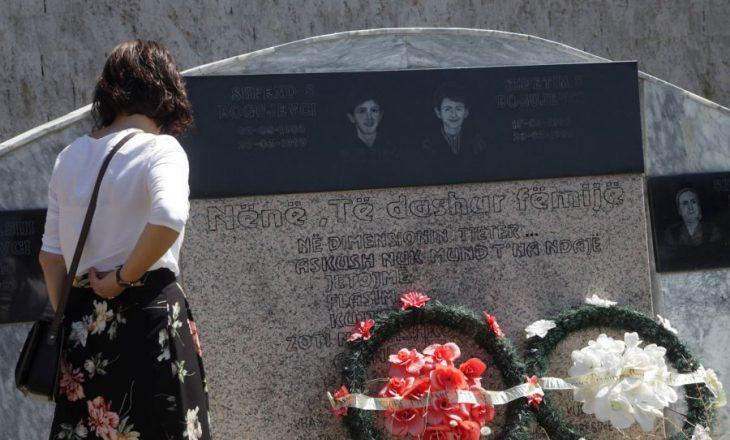 Serbia liron nga burgu vrasësin e 14 civilëve shqiptarë nga Podujeva