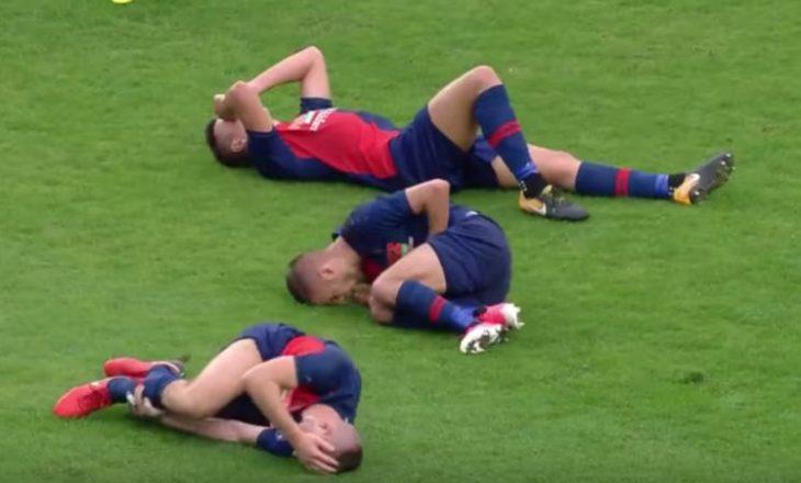 Rrëzohen futbollistët njëri pas tjetrit si në Bouling (Video)
