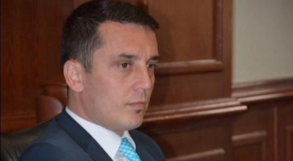 Gashi: PDK-ja nuk ka diskutuar për të hyrë në qeveri