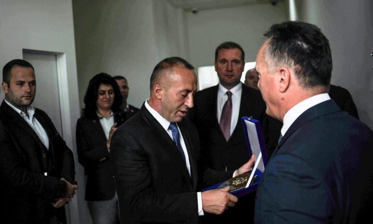 Zëvendësuesi i Shpend Maxhunit në dorë të Haradinajt