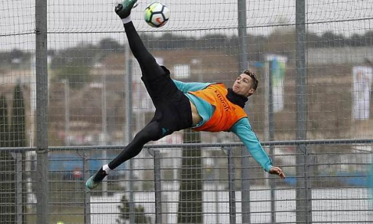 """Ronaldo përsërit golin """"gërshërë"""" kundër Juventus (VIDEO)"""