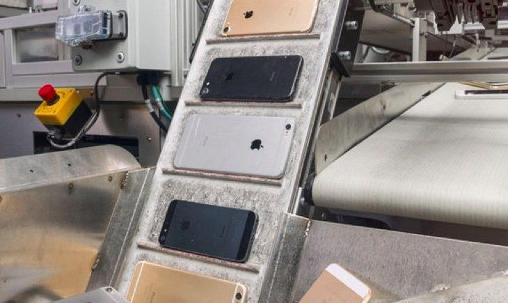 Daisy, roboti i Apple-it që shkatërron 200 iphone në orë