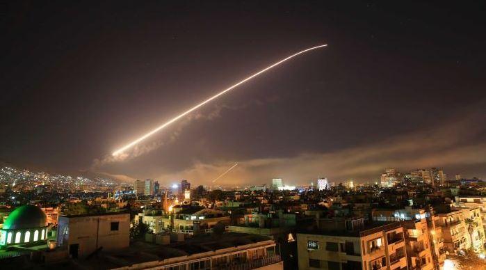 New York Times: A po rrezikohet e gjithë bota pas sulmit të sotëm të SHBA-ve në Siri?