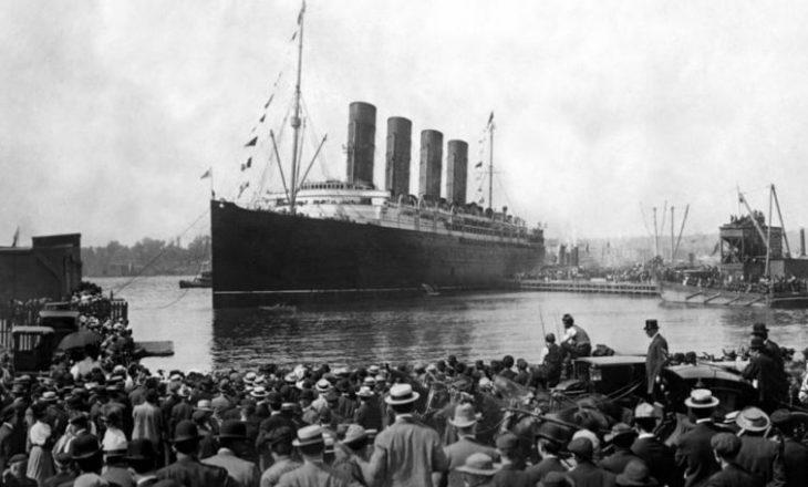 Titaniku, mes luksit dhe tragjedisë