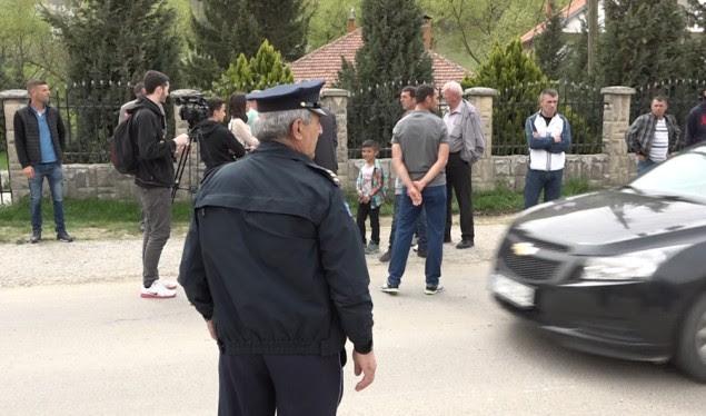 Banorët e fshatit Makoc në protestë