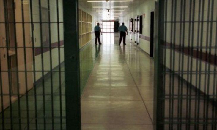 11 vjet burg për vjedhje dhe plagosje me armë
