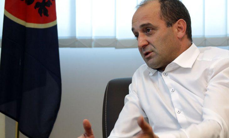 Ministri nën hetime fajëson BE-në për rezultate të dobëta në sundimin e ligjit