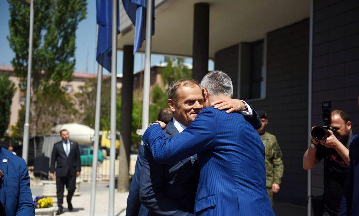 Brukseli dhe kryeqytetet evropiane i vlerësojnë arritjet e Kosovës