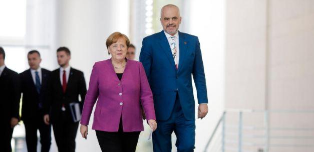 Edi Rama tregon nëse Angela Merkel ia përmendi Saimir Tahirin