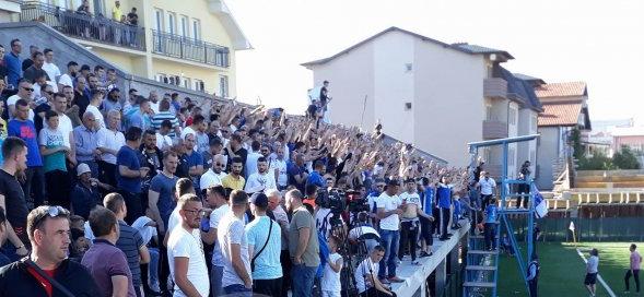 Ndërpritet ndeshja në Podujevë – kjo është arsyeja