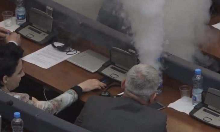 Gjykata e Apelit merr vendim ndaj kërkesës së Prokurorisë për paraburgim të deputetëve të VV-së