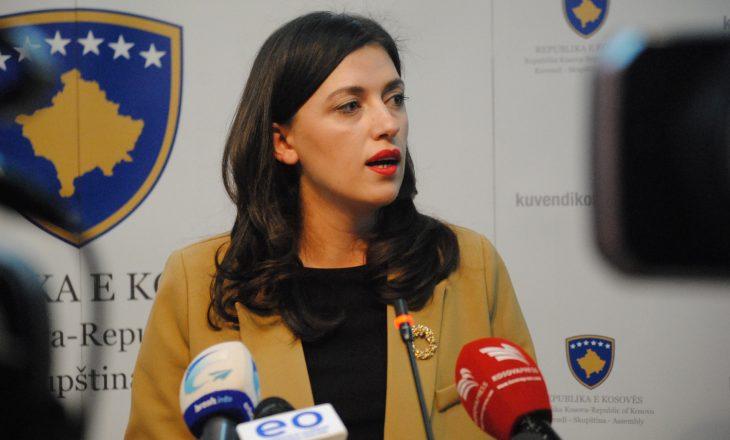 Haxhiu akuzon LDK-në se nuk po i jep nënshkrimet për hetim të SHIK-ut