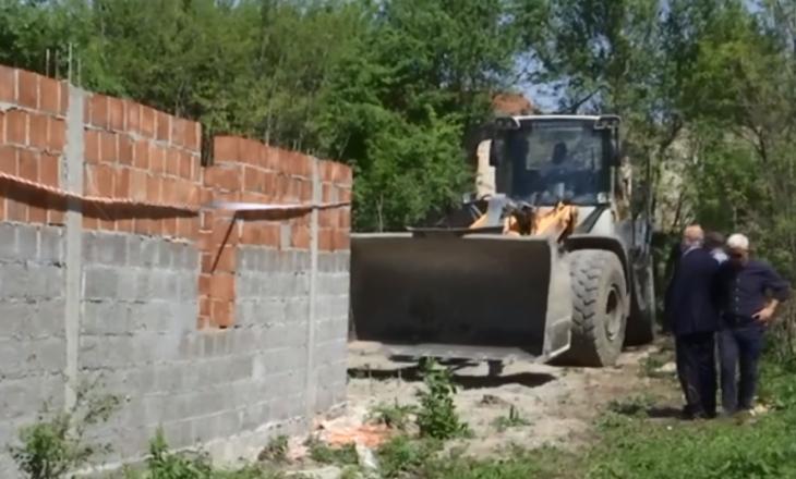 Në Hade vazhdojnë të ndërtohen shtëpitë – Inspektorati ka një paralajmërim
