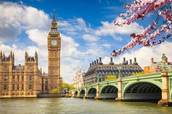 Mbretëria e Bashkuar ka regjistruar më shumë se një mijë viktima nga COVID-19 në 24 orët e fundit