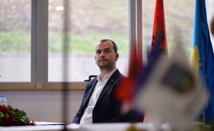 Qëndron Kastrati akuzohet se i shfrytëzoi për politikë ndeshjet e futbollit