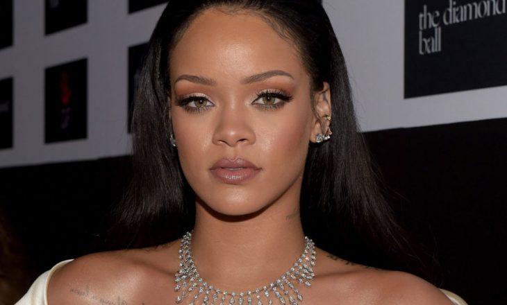 Rihanna sjellë vitet e 60-ta [FOTO]