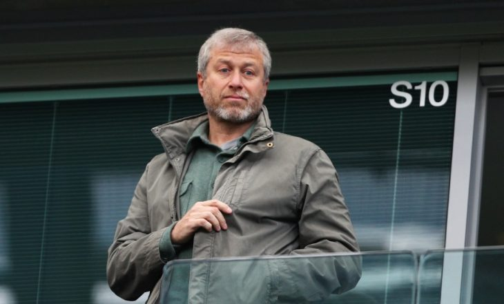 Pronari i Chelseat humb 534 milion dollarë për një ditë