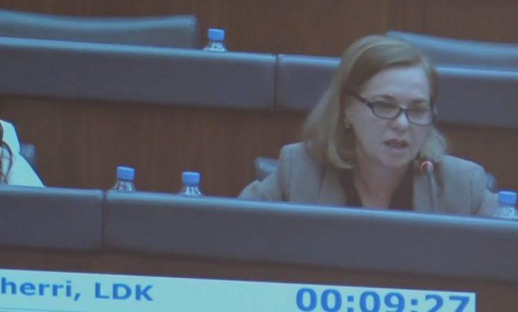 Deputetja e LDK-së reagon ashpër pas fyerjes së rëndë të Veselit