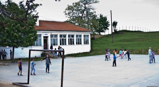 Në Kosovë shkollat serbe mësojnë me sistemin e Serbisë
