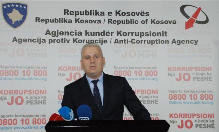 Kundëkorrupsioni paralajmëron fshehjen me ligj të parave të gatshme të zyrtarëve publikë