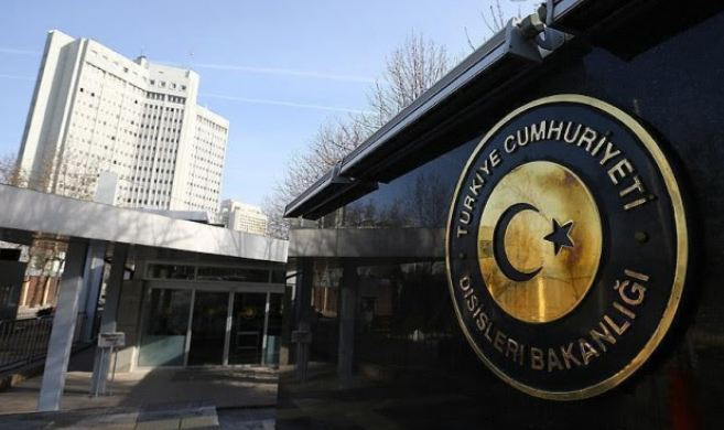 Edhe Turqia mbështet sulmin ushtarak në Siri