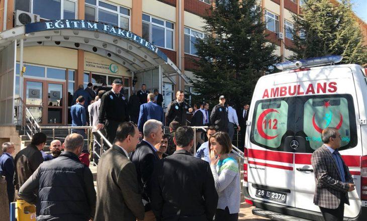 4 të vrarë në një universitet turk, autori pjesë e personelit