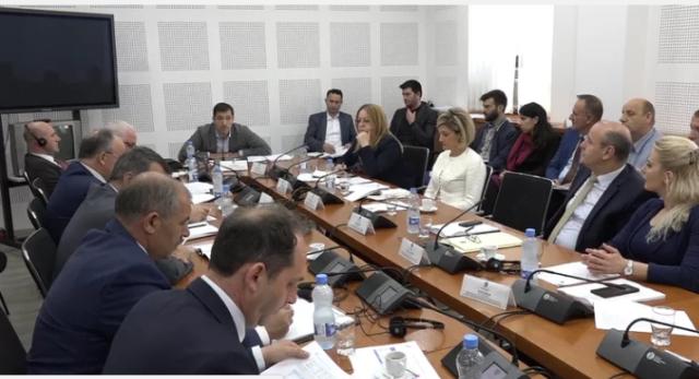 Bajrami: Kosova ka monopol në tregun e energjisë