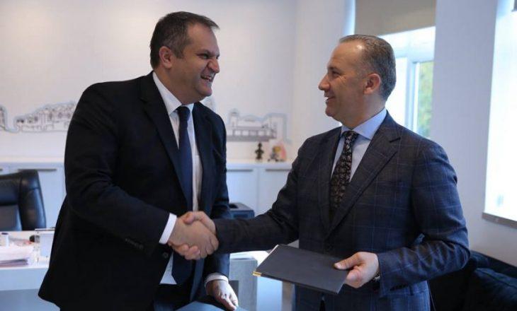 Katër politikanët kosovarë që agjëruan sot