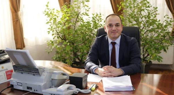 Mytaher Haskuka: Pas Prishtinës, edhe Prizreni mund të futet në karantinë