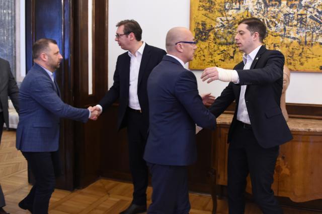 Lista Serbe nis konsultimet me presidentin e Serbisë