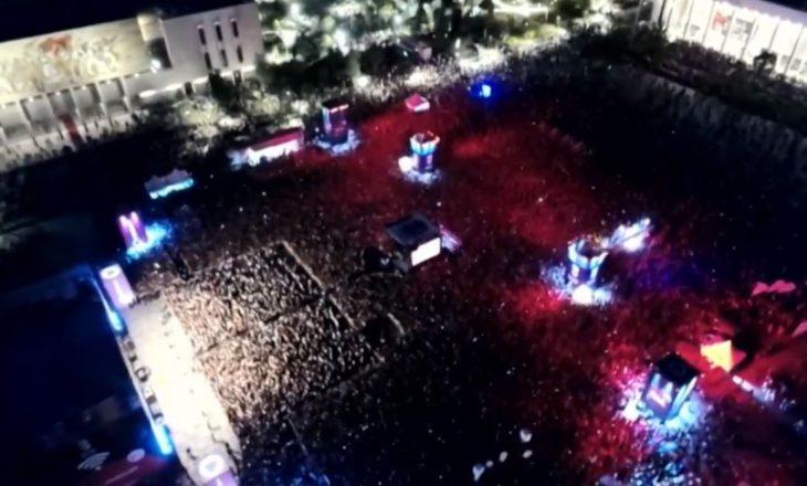 """Fillon koncerti i Rita Orës në sheshin """"Skënderbej"""