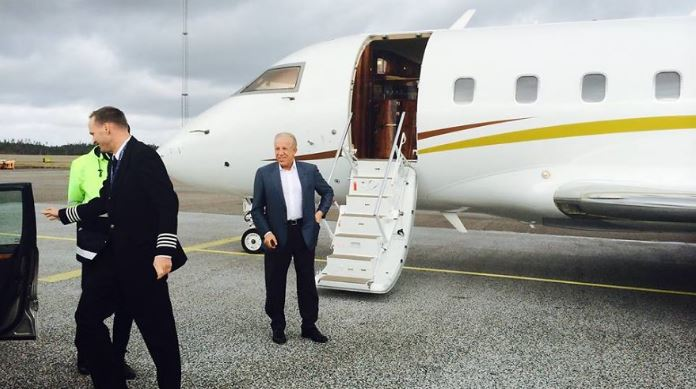 Vlera milionëshe e avionit privat të Behgjet Pacollit