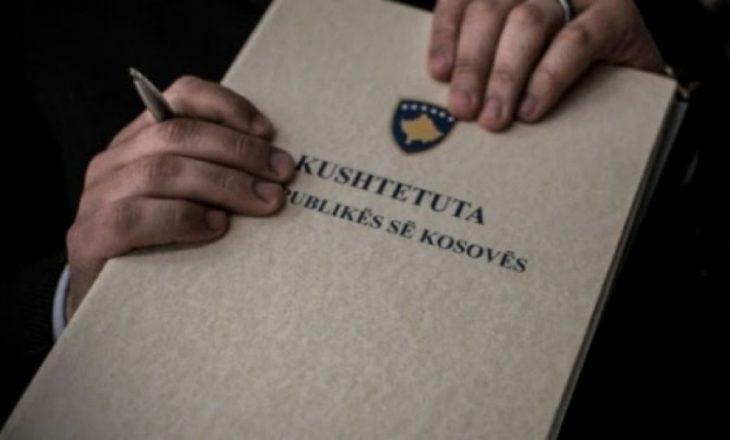 Sot dhjetë vjet nga hyrja në fuqi e Kushtetutës