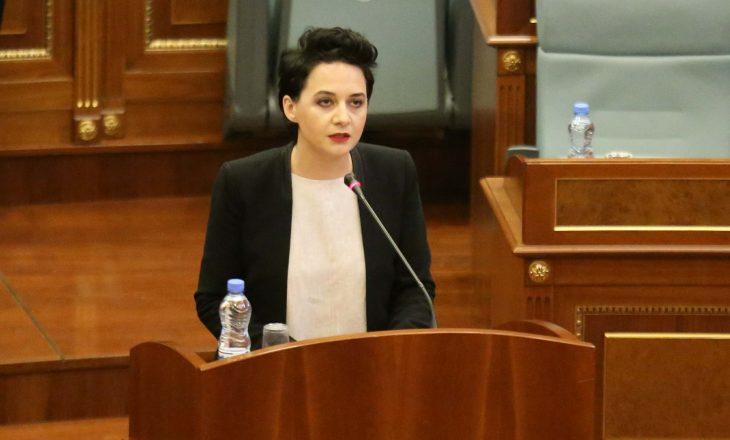 """Pacolli: S'ka më nevojë për testime – mjafton t'iu shikojë """"ministri Zezaj"""""""
