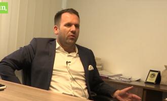 Intervistë me Berat Rukiqin: Oligarkët shqiptarë po i pengojnë bizneset nga Kosova