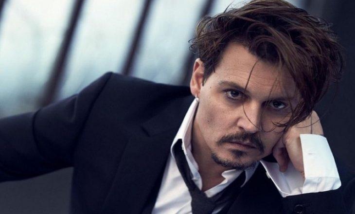 Pas divorcit Johnny Depp po përballet me një vështirësi tjetër