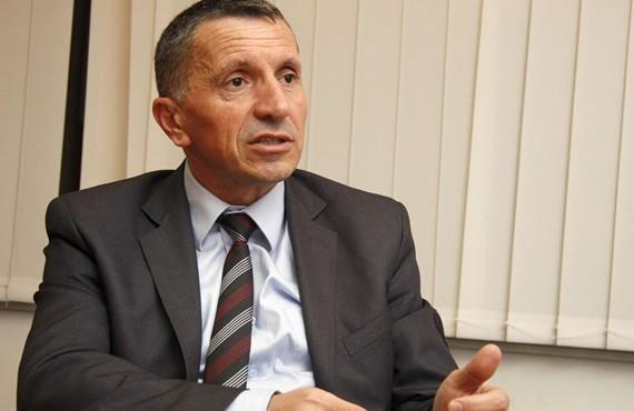 Shaip Kamberi i shkruan letër BE-së dhe SHBA-së, kërkon reagim ndaj Serbisë për gjuhën e urrejtjes ndaj shqiptarëve