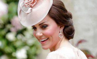 Shenja e Kate Middleton në kokë arsye e një operacionit që pati dukesha