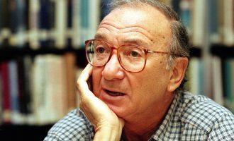 Në moshën 91 vjeçare, ndërron jetë shkrimtari Neil Simon