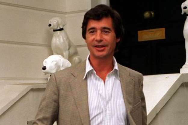 Vdes Oliver Hoare, ish i dashuri i princeshës Diana