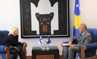 Haradinaj i kërkon mbështetje ambasadores së Finlandës për pastrimin e Kosovës