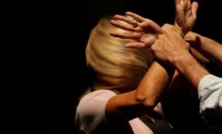Policia jep detaje rreth arrestimit të 50 vjeçarit që ngacmoi seksualisht gruan dhe vajzat