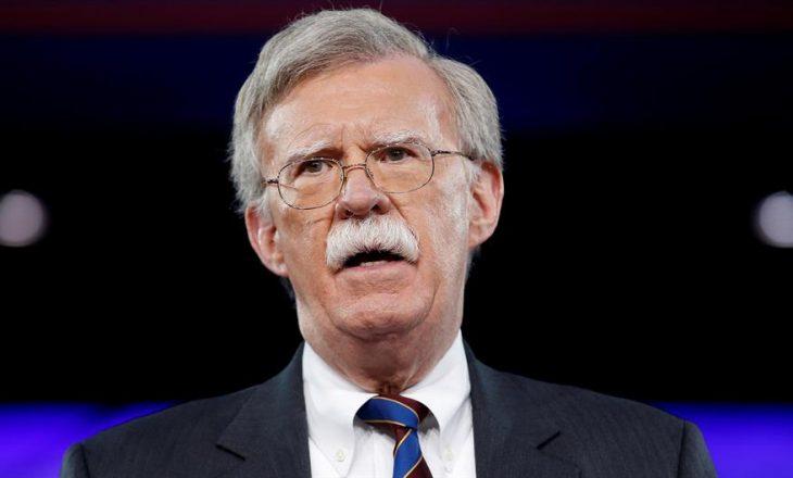 Bolton: Thaçi e Vuçiq e kanë shqyrtuar mundësinë për korrigjim territorial
