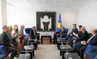 Haradinaj përfaqësuesve të SBASHK-ut: Arsimi do të jetë gjithmonë prioritet i Qeverisë