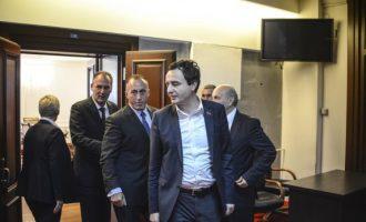 Albin Kurti për Haradinajn e Limajn: Ata nuk po kuptojnë